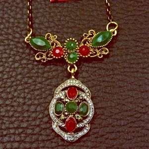 NWT Betsey Johnson Green & Red Gemstone Necklace
